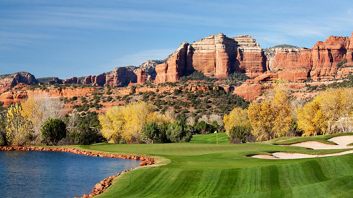 Arizona Desert, golf course in Red Rock