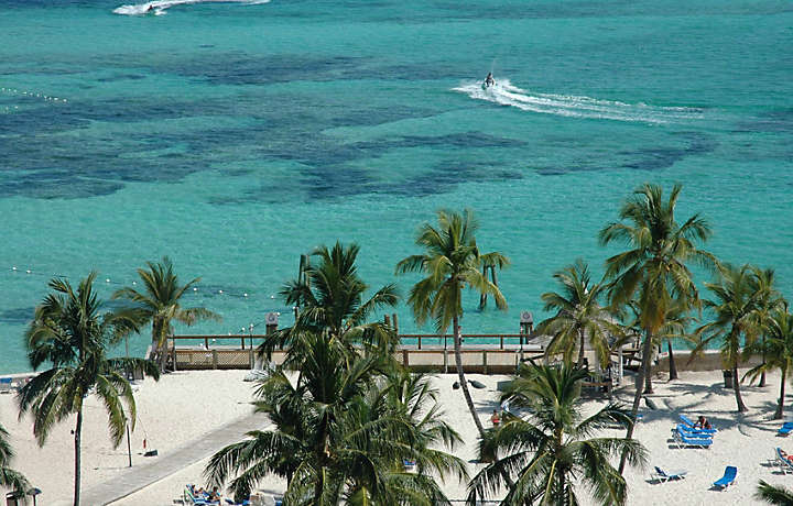 Experience The Bahamas In Nassau Bluegreen Vacations