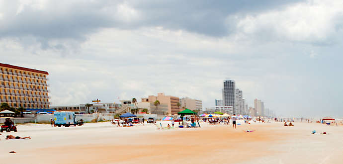 Casa Del Mar Beach Resort In Ormond Fl