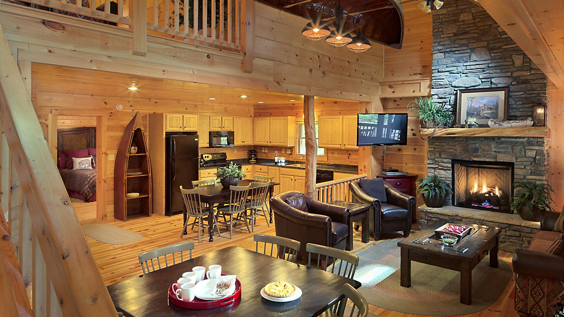 3 Bedroom Cabin Living Area