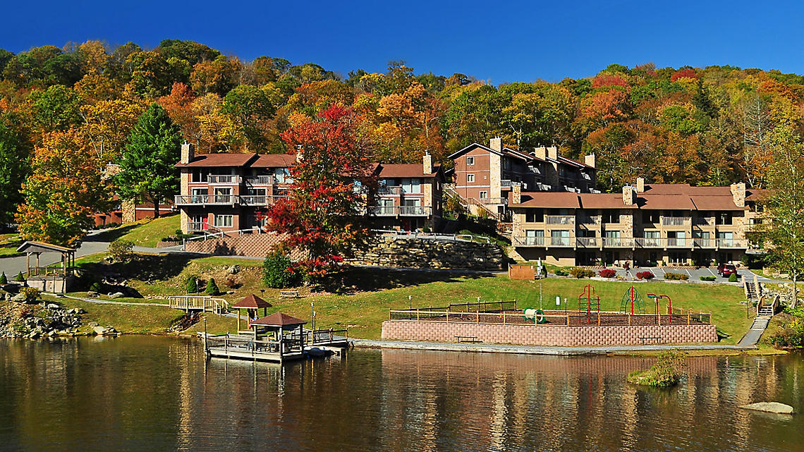 Blue Ridge Village exterior and lake fall view