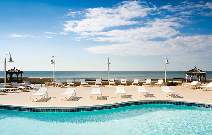 Resort Pool - Bluegreen at Atlantic Palace