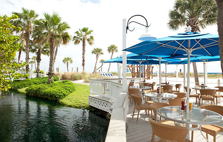 Patio Dining - Bluegreen at TradeWinds