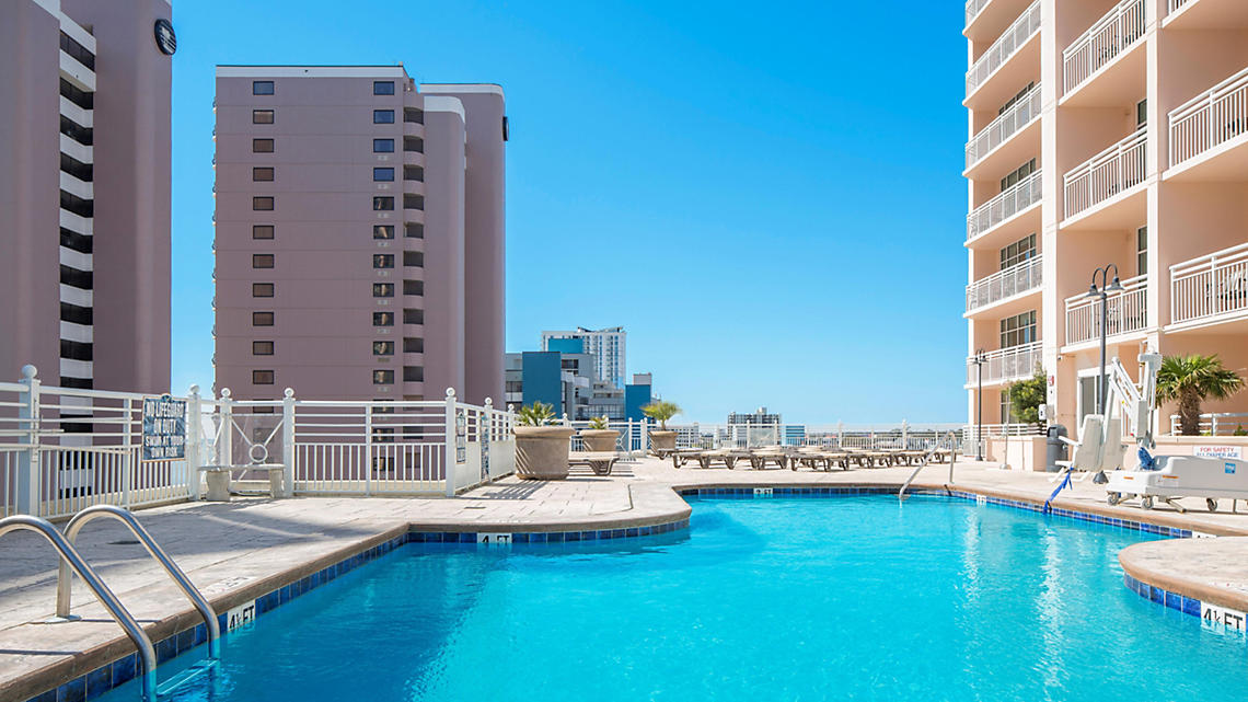 Sixth Floor Outdoor Pool and Sundeck