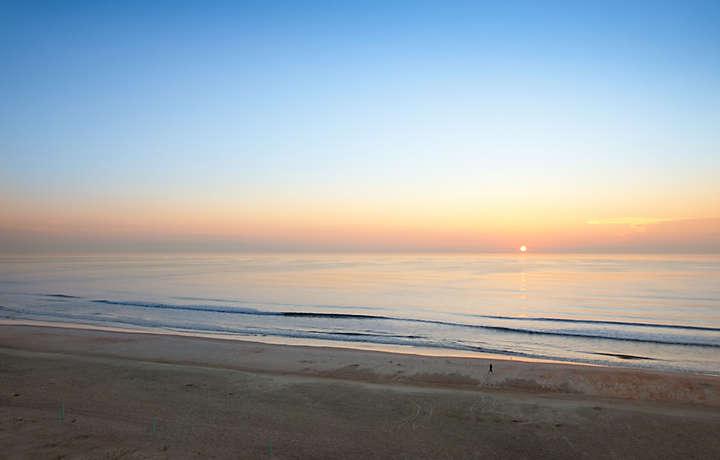Casa Del Mar Beach Resort - Beach Sunset