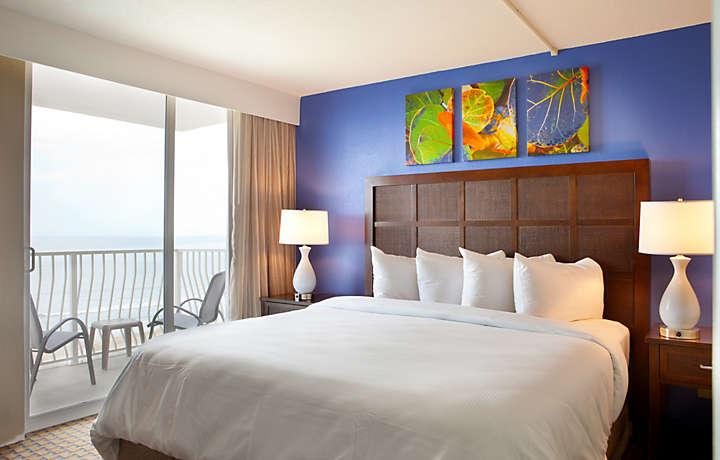 Casa Del Mar Beach Resort - Bedroom Balcony