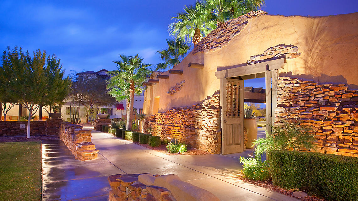 Cibola Vista Resort and Spa Courtyard