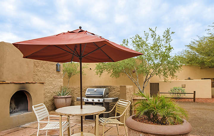 Cibola Vista Resort and Spa Outdoor Dining with Fireplace and Grill