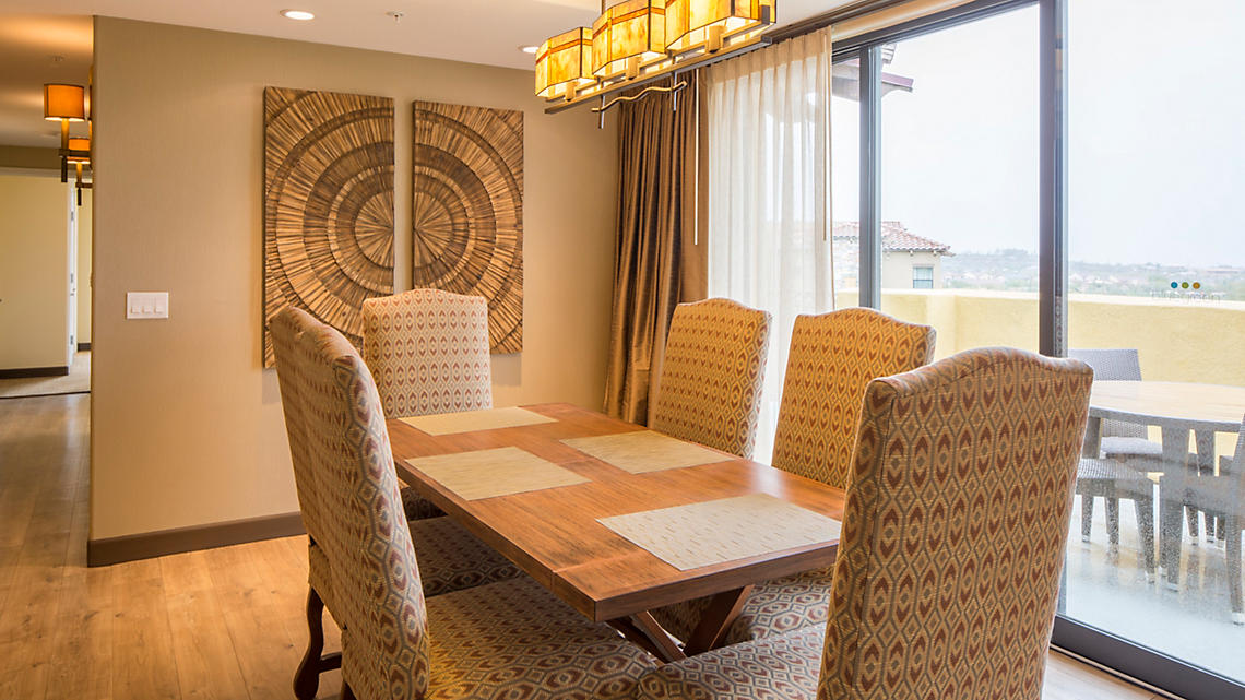 3 Bedroom Presidential Dining Room