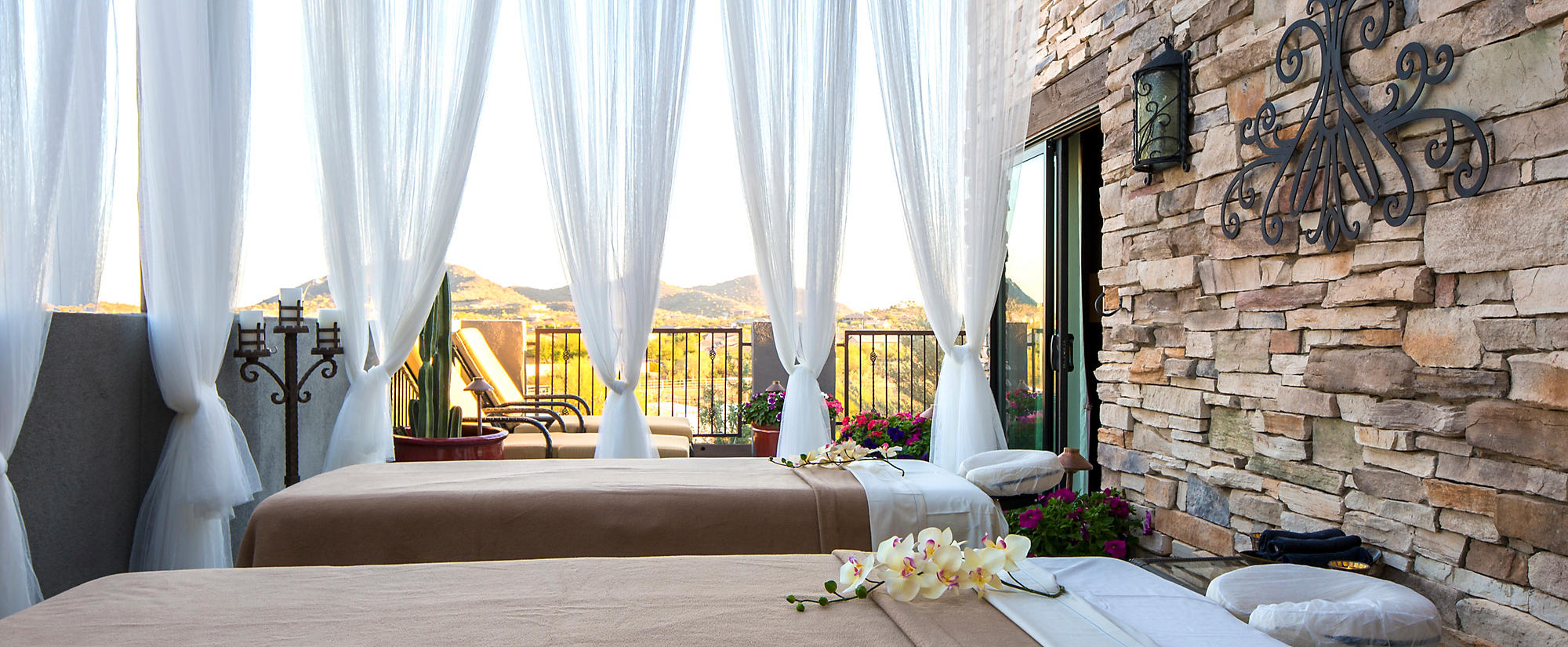 Cibola Vista Resort and Spa outdoor massage