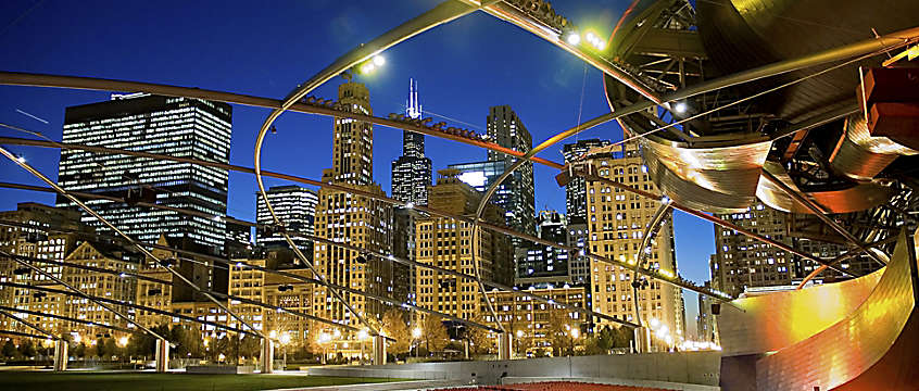 Chicago Illinois - Downtown night view