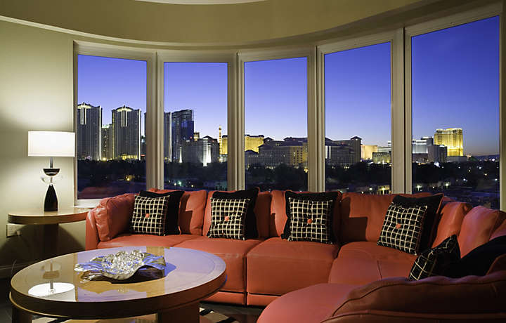 Bluegreen Club 36™ | Living Room with View