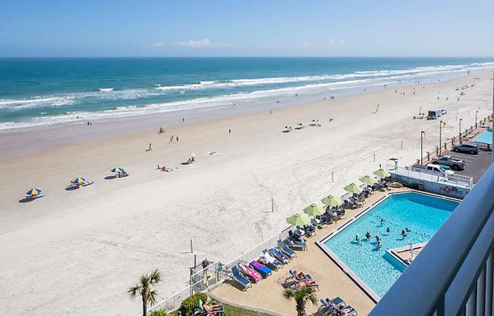 Daytona Seabreeze Balcony Views Of The Ocean And Pool Deck