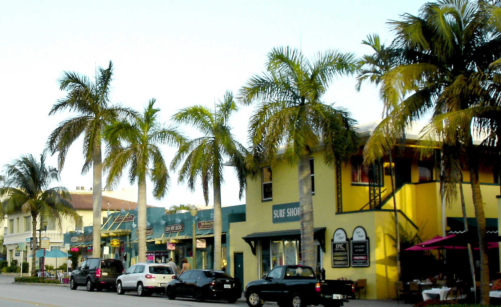 Delray Beach's Atlantic Ave shopping