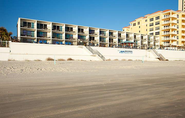 Beachfront Resort - Dolphin Beach Club