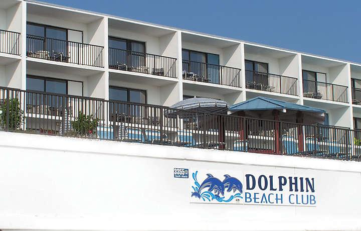 Resort Patios & Pool - Dolphin Beach Club