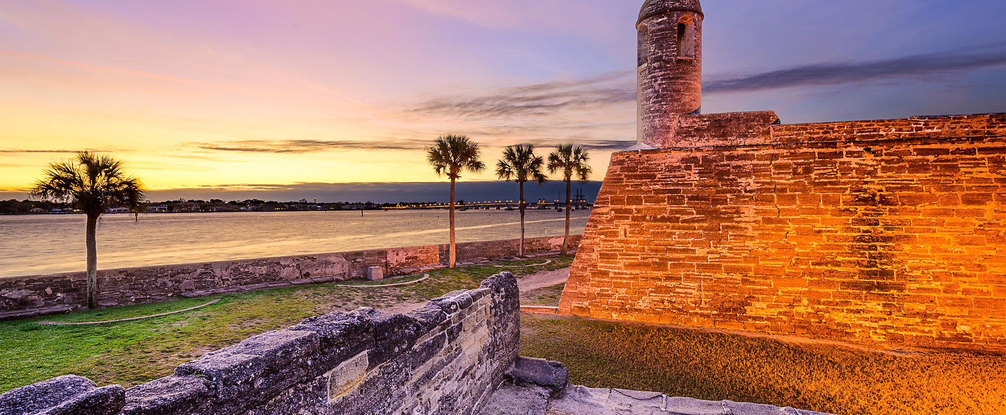 Castillo de San Marcos 'The Fort' at dusk