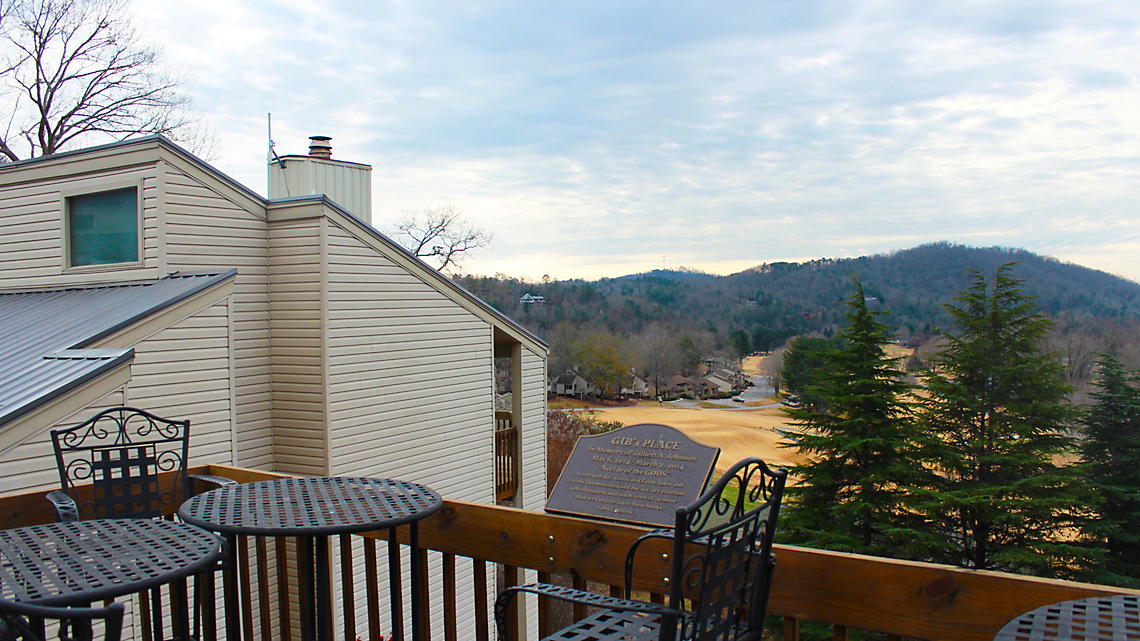 Foxrun Townhouses Balcony View