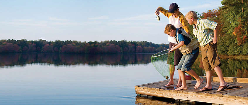 Lake vacation - the kids fishing