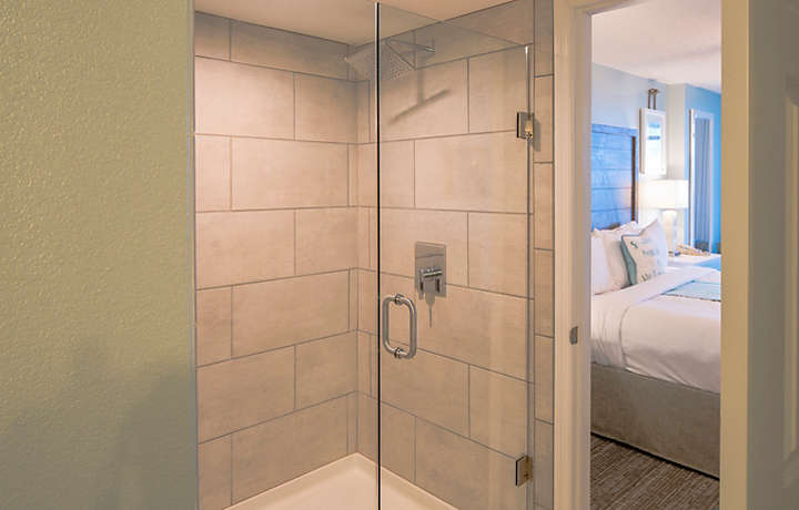 Horizons at 77th Three Bedroom Villa Master Suite Glass Shower