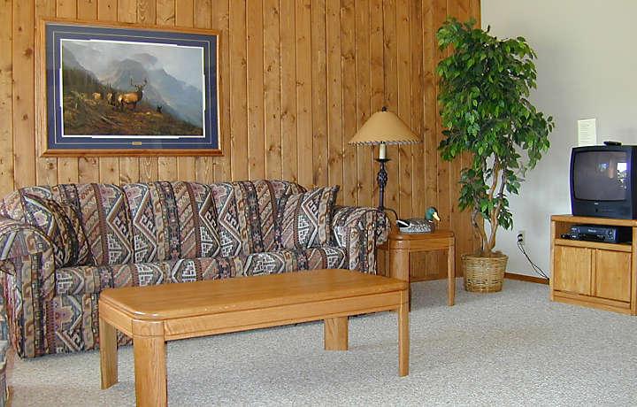 Living Room - Lake Condominiums at Big Sky