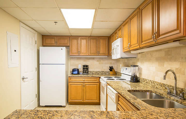 Landmark Holiday Beach Resort One Bedroom Townhouse Kitchen