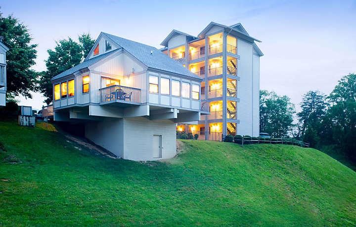 Resort Views - Laurel Crest™