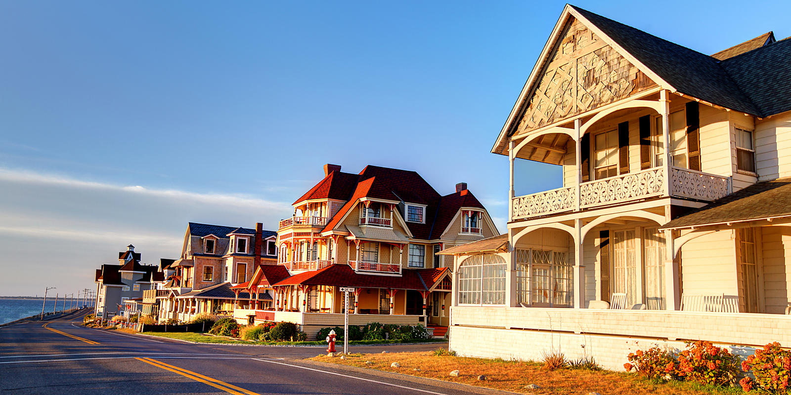 Martha's Vineyard and Nantucket victorian homes