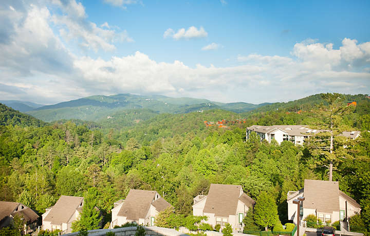 MountainLoft™ Smoky Mountains View