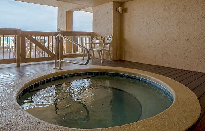 Ocean Towers Beach Club Hot Tub