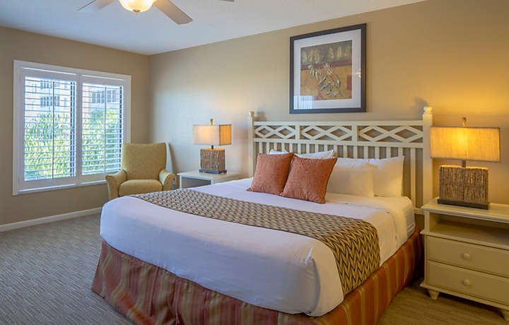 Orlando's Sunshine Resort™ Two Bedroom Villa Master Bedroom