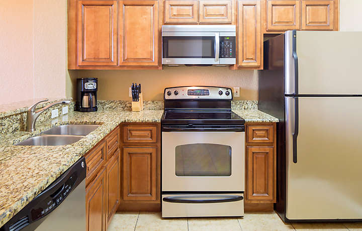 Orlando's Sunshine Resort™ Two Bedroom Villa Kitchen