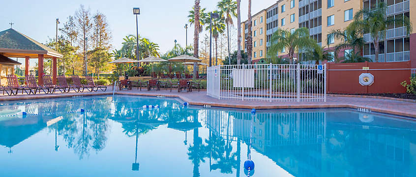 Orlando's Sunshine Resort™ Outdoor Resort Pool