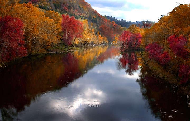 Fall Foliage on Lake Lure - Foxrun Townhouses