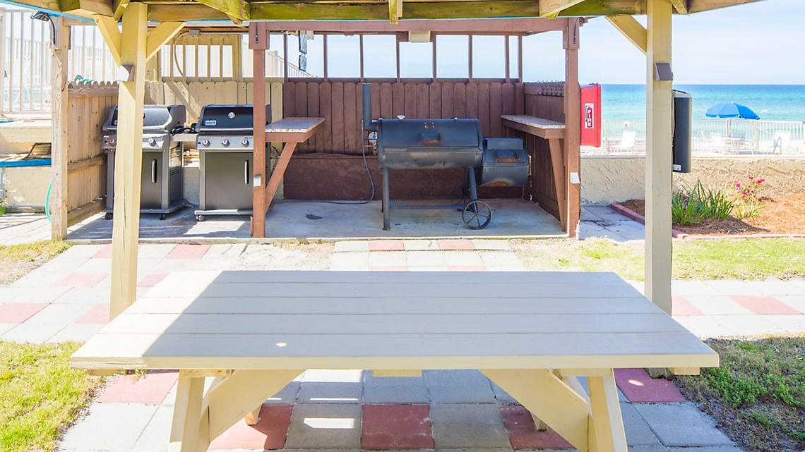 Grilling Station and Picnic Area