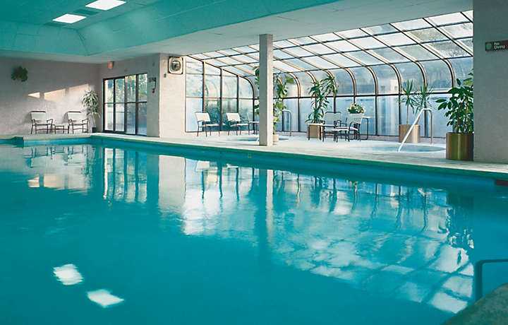 Indoor Pool - Players Club