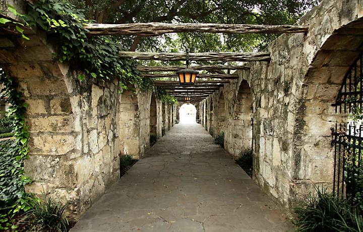 Boca Raton Shopping >> Éilan Hotel & Spa-Bluegreen Vacations resort in San ...