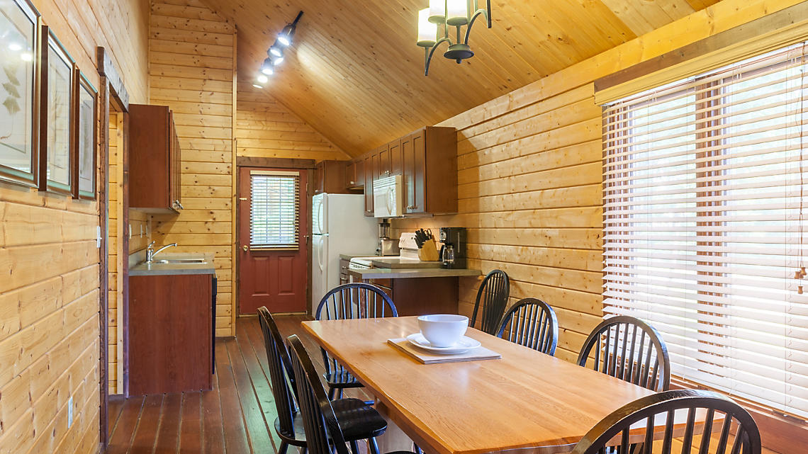 3 Bedroom Cabin Kitchen-Dining