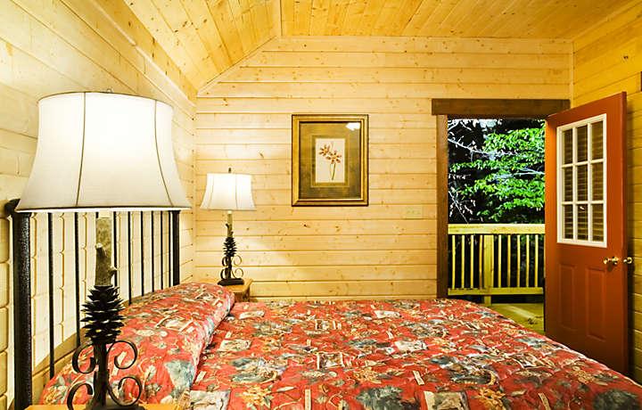 Cabin Bedroom - Shenandoah Crossing™
