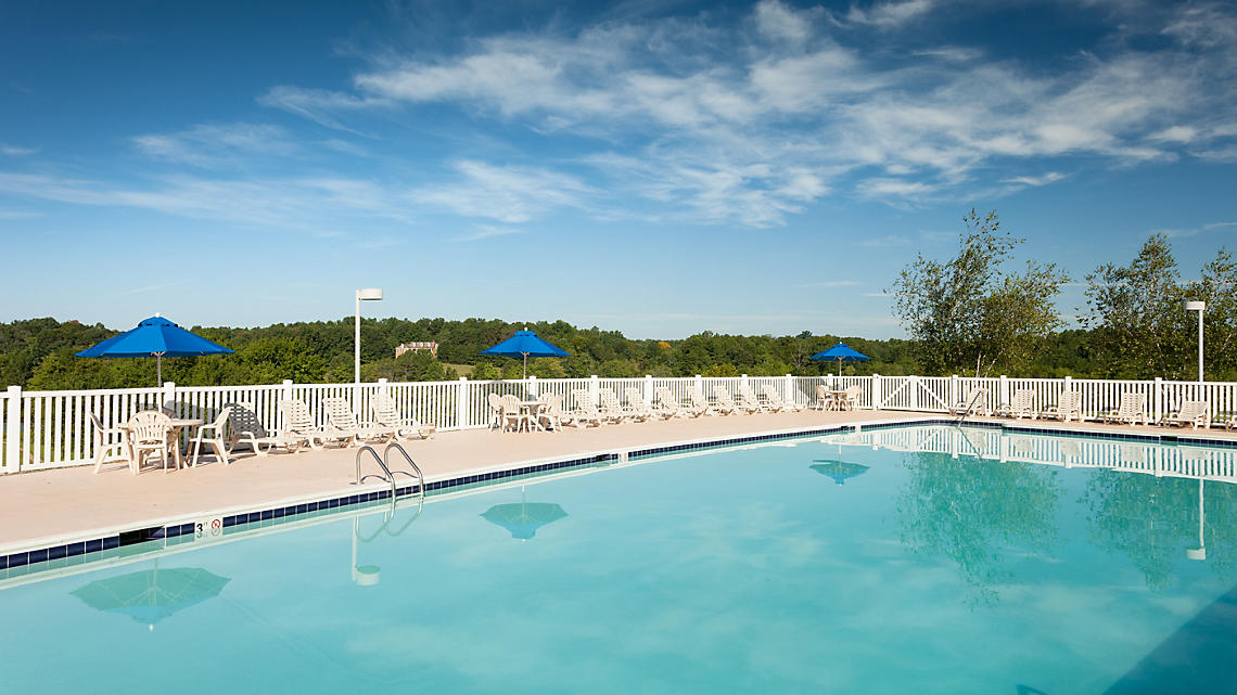 Lodge Outdoor Pool