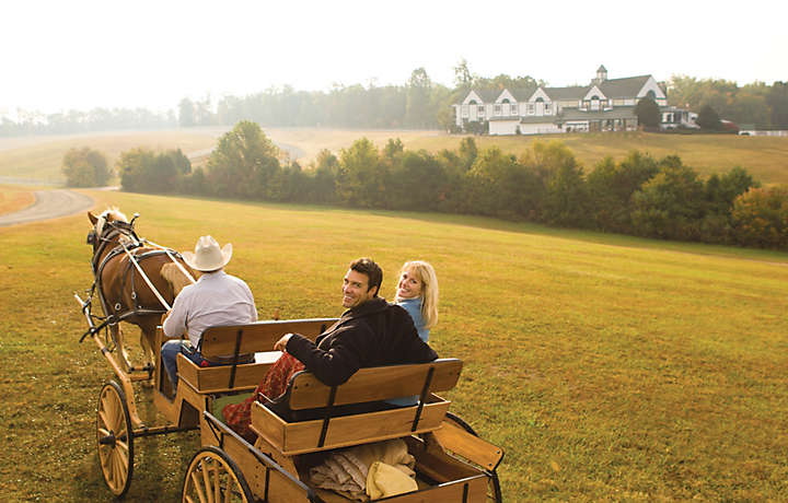 Couple on Carriage Ride - Shenandoah Crossing™