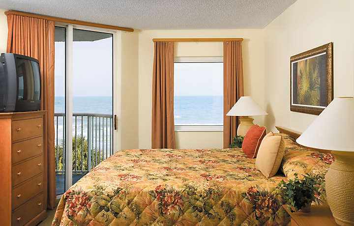 Bedroom with Balcony - Shore Crest Vacation Villas™ I & II