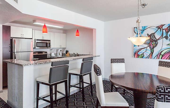 Kitchen & Dining Room - Solara Surfside™