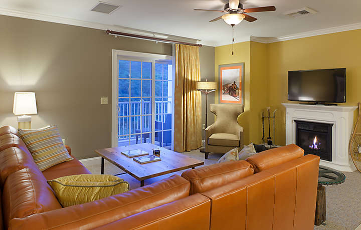 Presidential Suite Living Room - South Mountain Resort
