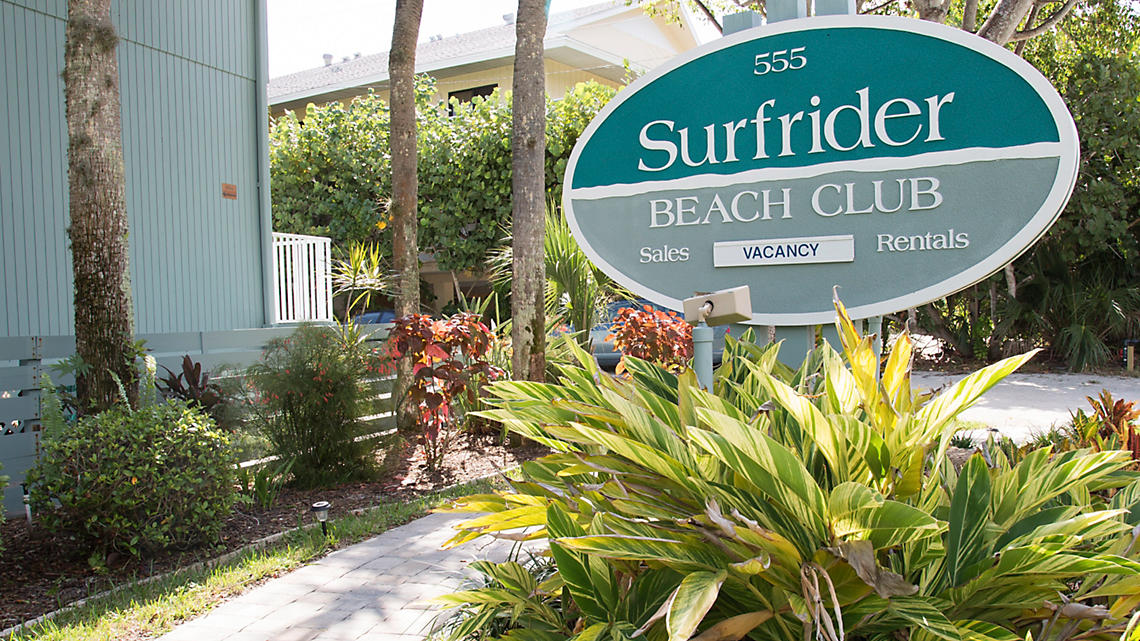 Surfrider Beach Club Signage