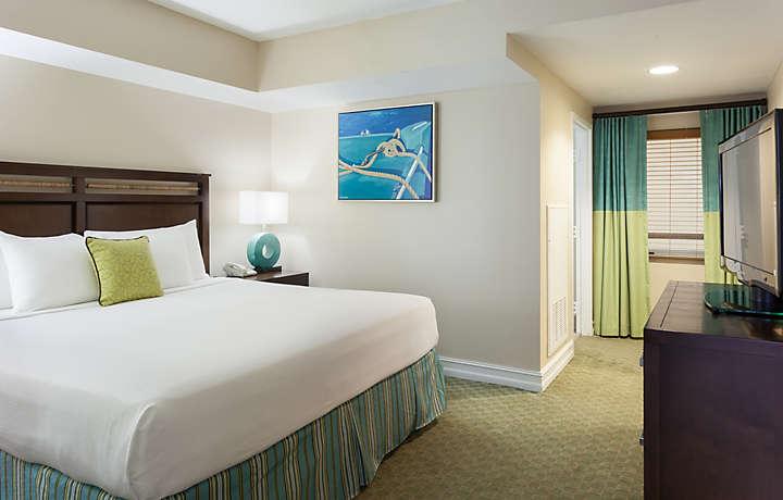 The Hammocks At Marathon™ 2 Bedroom Villa Master Bedroom