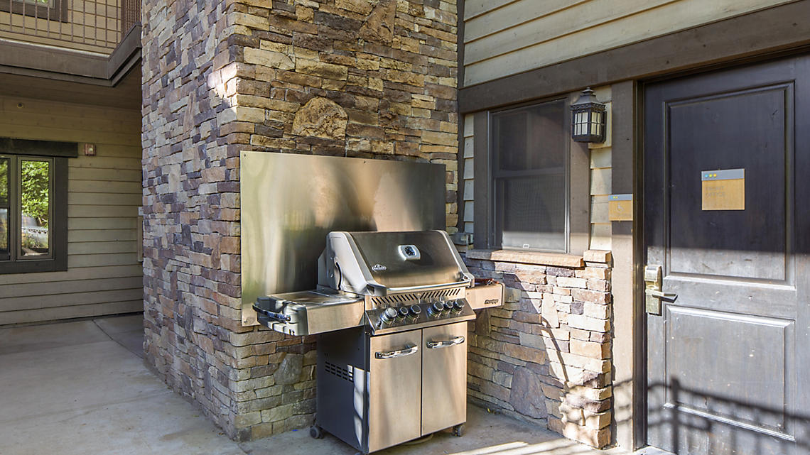 BBQ Grilling Station