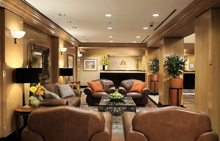 Lobby - The Manhattan Club