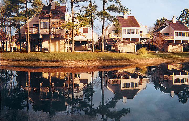 Lakefront Villas - Waterwood Townhouses